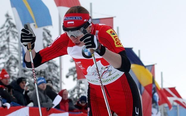 Justyna Kowalczyk na trasie sprintu podczas Tour de Ski /PAP/EPA