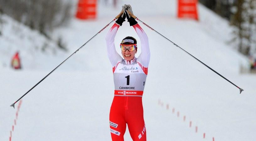 Justyna Kowalczyk wróciła z Kanady w dobrym humorze /AFP