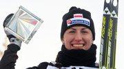 Justyna Kowalczyk ze statuetką za zwycięstwo w Tour de Ski