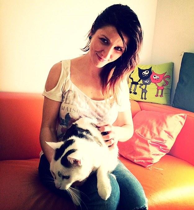 Justyna Marut i jej kotka /Agnieszka Wyderka /RMF FM
