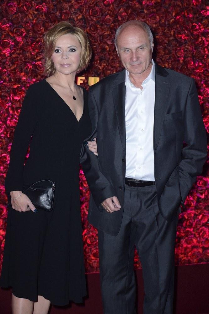 Justyna Pochanke z mężem /- /East News