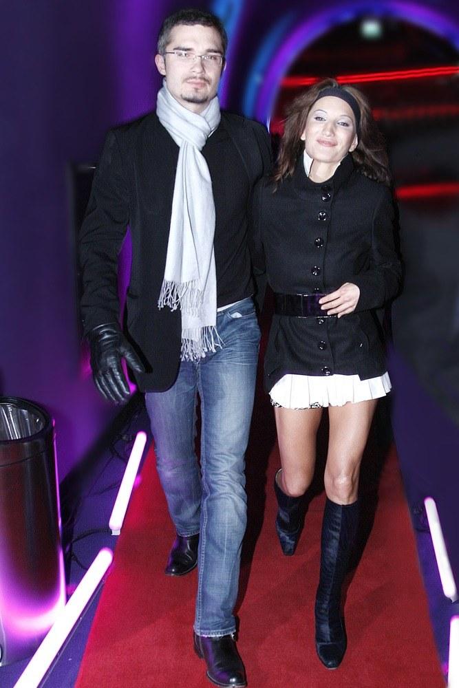 Justyna poznała Macieja podczas pokazu mody. On był tam modelem, ona śpiewała. Od tej pory są nierozłączni /Euzebiusz Niemiec /AKPA