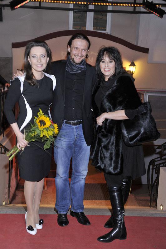 Justyna Sieńczyłło, Paweł Pigoń i Anna Korcz /Kurniikowski /AKPA