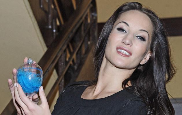 Justyna Steczkowska z nagrodą, fot.Andras Szilagyi  /MWMedia