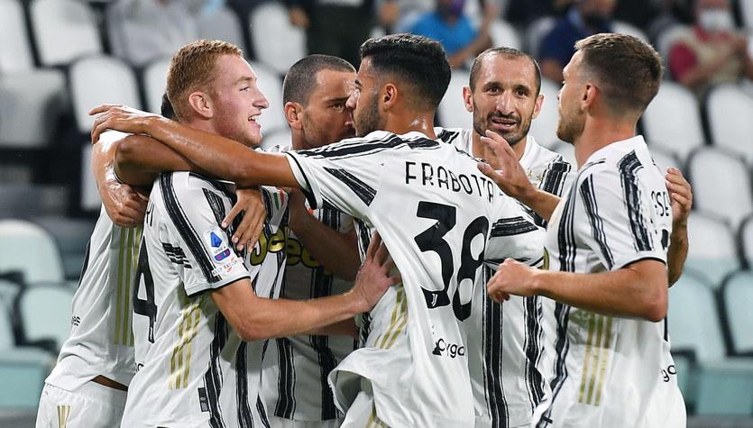 Juventus - Sampdoria Genua 3-0. Cały mecz Wojciecha Szczęsnego i Bartosza Bereszyńskiego