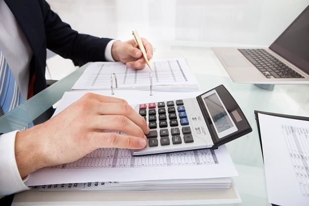 Już 6 proc. przedsiębiorców płaci zaliczki na PIT co kwartał /©123RF/PICSEL