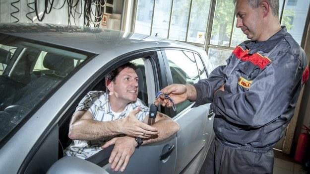 Już na etapie zdawania auta warto zadbać o to, by warsztat podszedł do naprawy uczciwie. /Foto IP