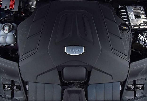 Już nie V8, ale V6 biturbo: jednostka Cayenne S nie okazuje żadnych słabości i jest dość oszczędna. /Motor