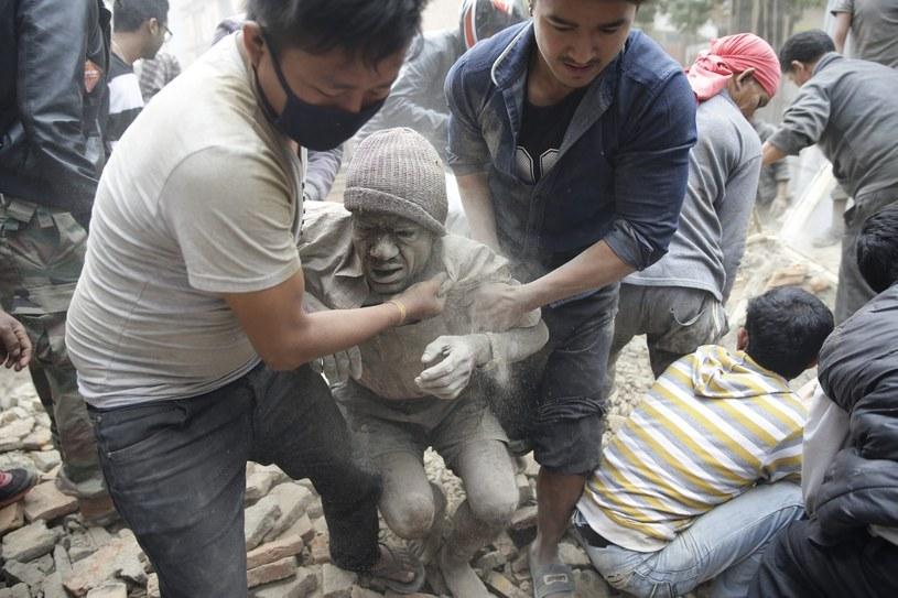 Już ponad 1800 ofiar śmiertelnych trzęsienia ziemi /PAP