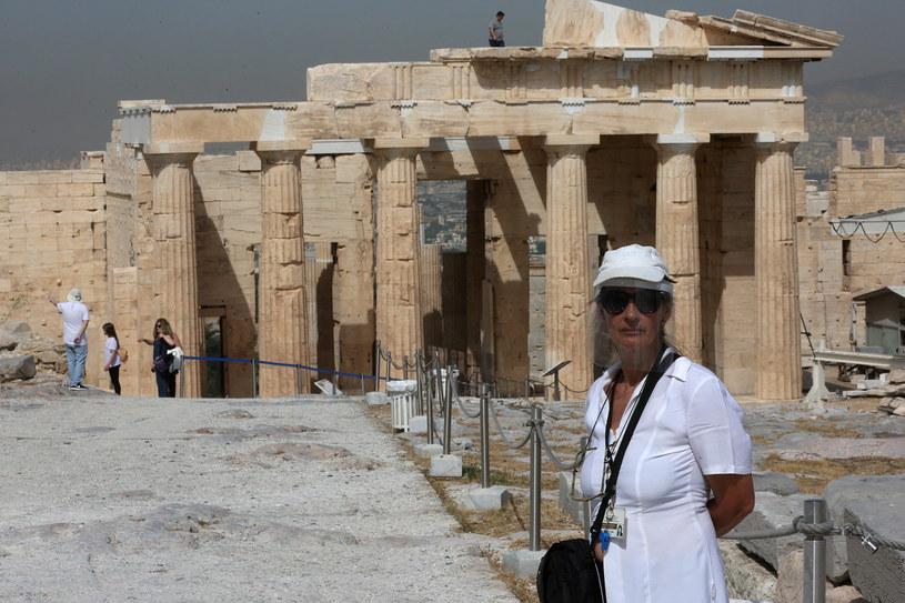 Już w poniedziałek w całym kraju otwarto dla zwiedzających atrakcje archeologiczne, w tym ateński Akropol (na zdjęciu) /ORESTIS PANAGIOTOU /PAP/EPA