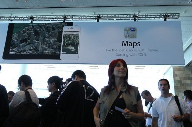 Już wiemy, że to TomTom zastąpi mapy Google /AFP