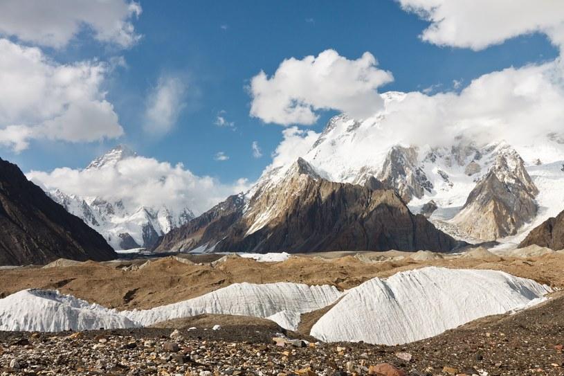 K2 i Broad w górach Karakorum /123RF/PICSEL
