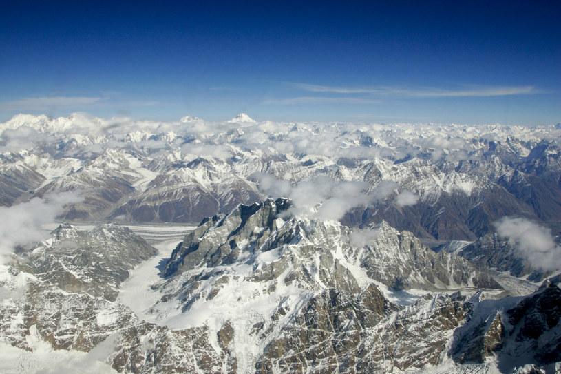 K2 widziane z góry - to niecodzienny obrazek. /Tim Graham/Robert Harding /East News
