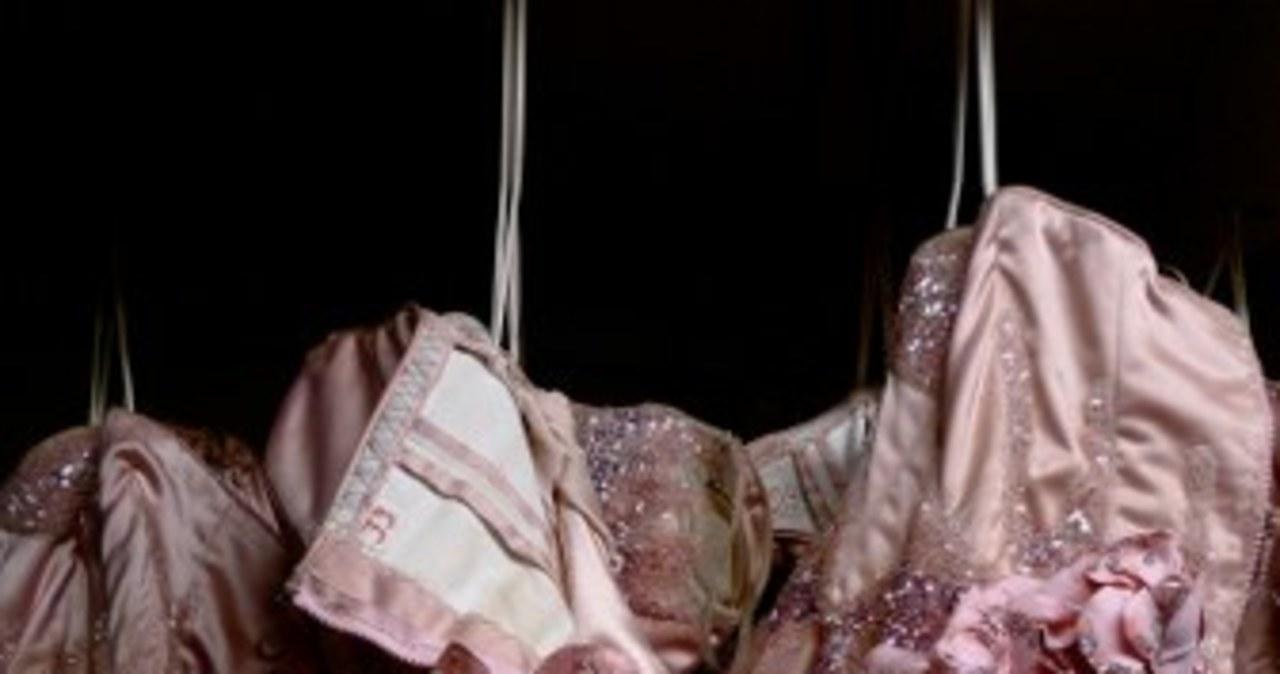 Kabaret Lido, czyli piękne tancerki, fantastyczne kostiumy i szampan