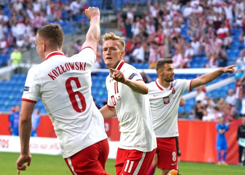 Kacper Kozłowski w meczu towarzyskim z Islandią /AFP
