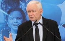 Kaczyński ma odejść z rządu na półtora roku przed wyborami