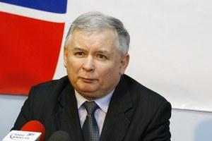 Kaczyński śmiga po lesie!