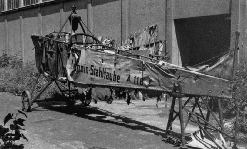 """Kadłub Jeannin """"Stahltaube"""" z numerem 118/13 w krakowskim muzeum (źródło: Odkrywca) /"""
