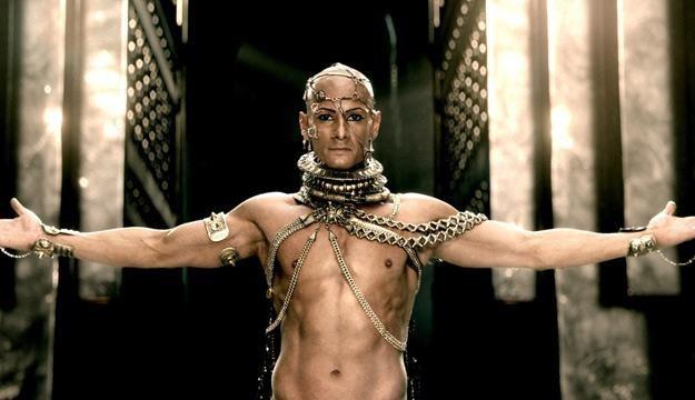 """Kadr z filmu """"300: Początek imperium"""" /materiały prasowe"""