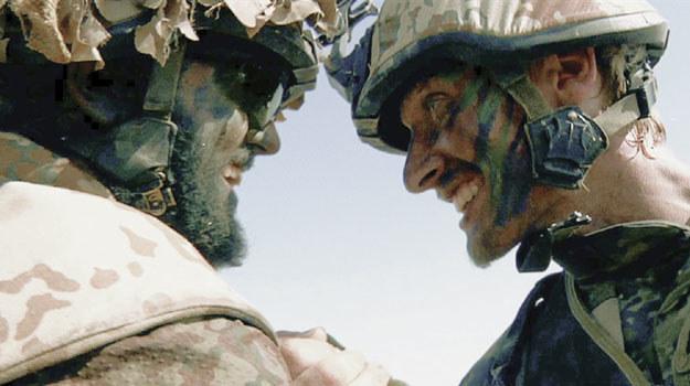 """Kadr z filmu """"Armadillo - wojna jest w nas"""" /materiały dystrybutora"""
