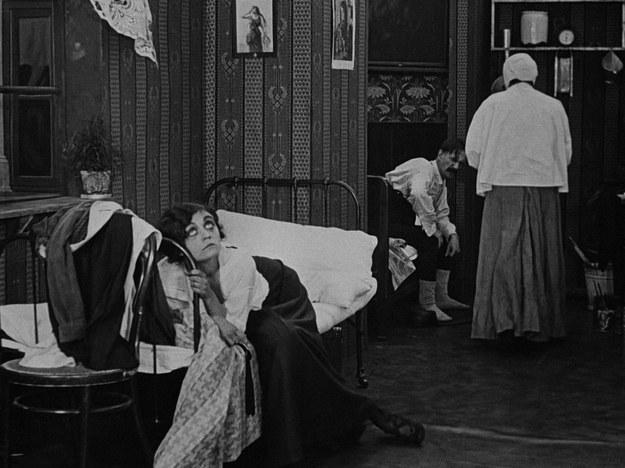 """Kadr z filmu """"Bestia"""" reż. Aleksander Hertz, Polska 1916 /Materiały prasowe"""