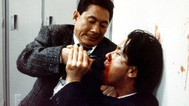 """Kadr z filmu """"Brutalny glina"""" Takeshiego Kitano /materiały prasowe"""