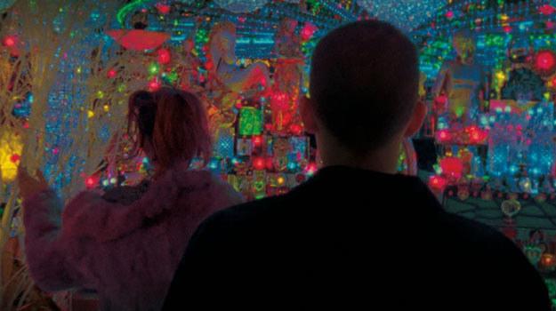 "Kadr z filmu ""Enter the Void"" /materiały dystrybutora"