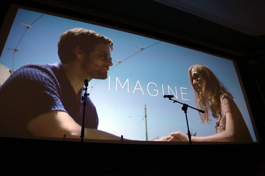 "Kadr z filmu ""Imagine"" / PAP/Tomasz Gzell  /PAP"