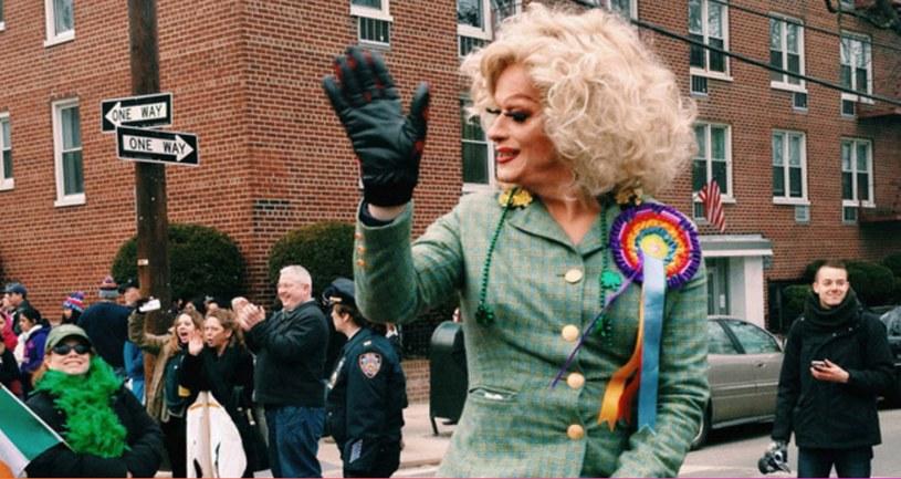 """Kadr z filmu """"Królowa Irlandii"""" /materiały prasowe"""