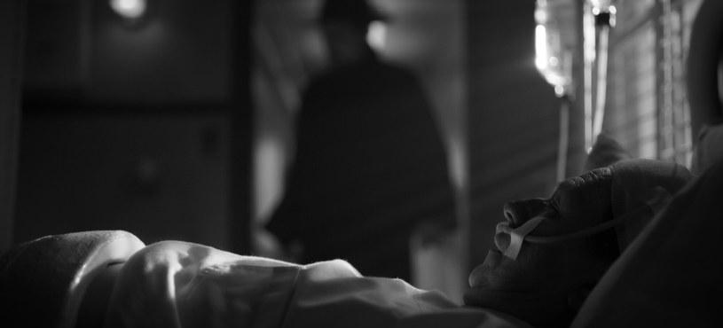 """Kadr z filmu """"Mank"""" /Netflix /materiały prasowe"""
