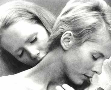 "Kadr z filmu ""Persona"" Ingmara Bergmana /"