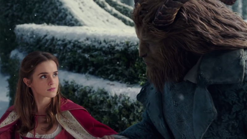 "Kadr z filmu ""Piękna i Bestia"" /Disney Movie Trailers /YouTube"
