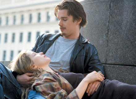 """Kadr z filmu """"Przed wschodem słońca"""", fot. TVN/Warner /"""