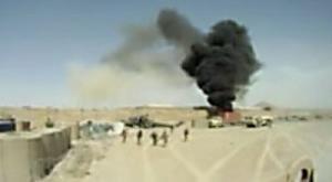 Kadr z filmu przedstawiającego katastrofę polskiego śmigłowca, fot. archiwum bloga zAfganistanu.pl /INTERIA.PL