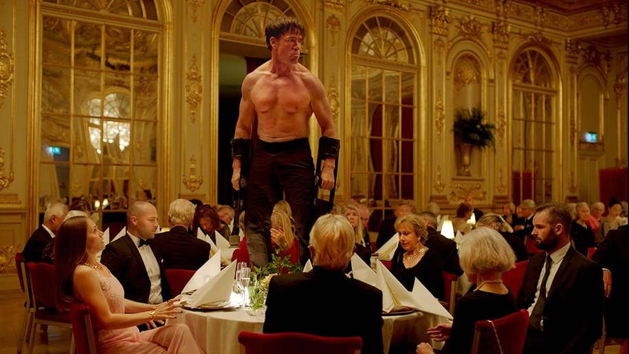 "Kadr z filmu ""The Square"" /fot. Gutek Film /"