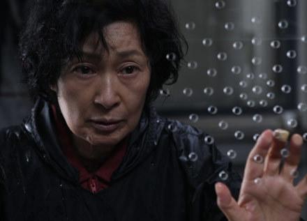 """Kadr z koreańskiego filmu """"Mother"""" /materiały prasowe"""