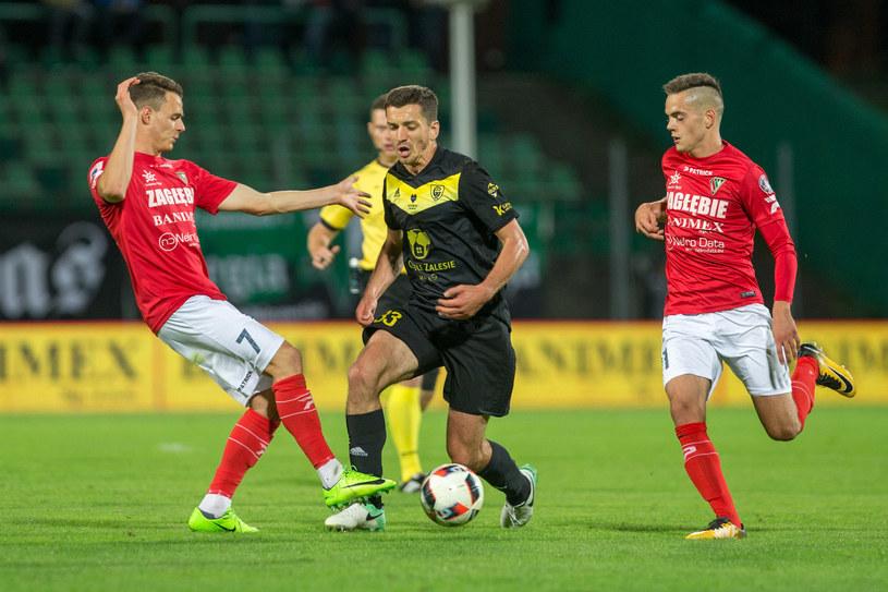 Kadr z meczu Zagłębie Sosnowiec - GKS Katowice /Fot. Michał Chwieduk /Newspix