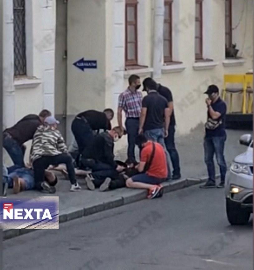 Kadr z nagrania z zatrzymania opublikowanego przez Nexta Live /