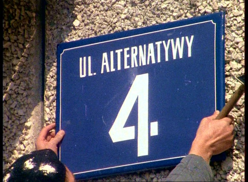 """Kadr z serialu """"Alternatywy 4"""" /Polfilm /East News"""