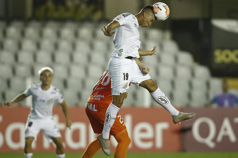 Kaio Jorge (uderza piłkę głową) /Wagner Meier /Getty Images