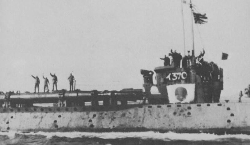 """Kaiteny na pokładzie I-370. Okręt zatonął wraz z kaitenami 26 lutego 1945 roku w wyniku ataku niszczyciela USS """"Finnegan"""" /domena publiczna"""