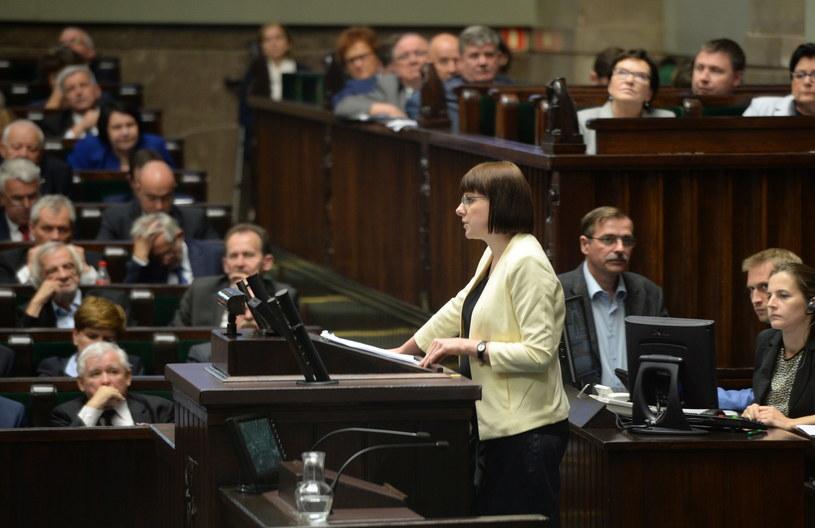 Kaja Godek z Komitetu Inicjatywy Ustawodawczej, podczas wystąpienia w Sejmie /Jacek Turczyk /PAP