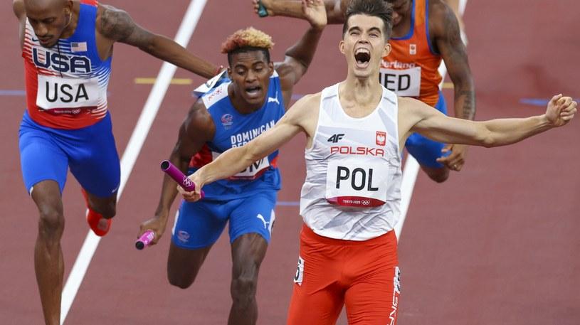 Kajetan Duszyński zakończył polską sztafetę, która zdobyła złoty medal w Tokio! /Iwanczuk/Sport/REPORTER /East News