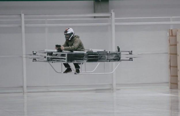 Kałasznikow znany jest z produkowania broni. Nowy sprzęt również może mieć cele wojskowe /