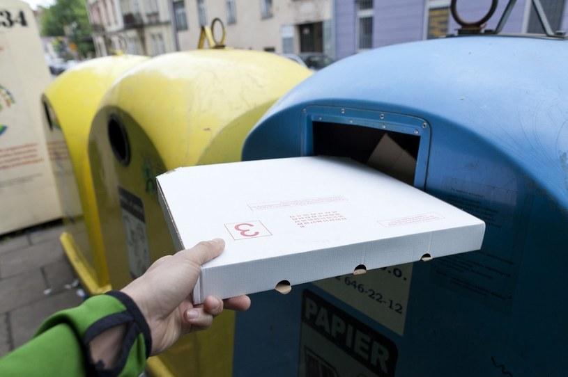 Kamery mogą być sposobem na lokatorów, którzy nie segregują śmieci. /Szymon Blik /Reporter