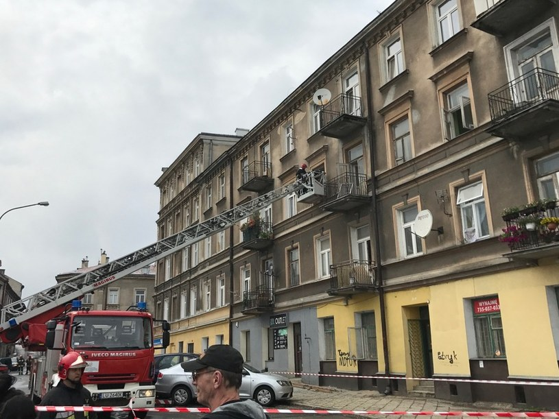 Kamienica przy ulicy Lubartowskiej, w której zawalił się strop /Krzysztof Kot /RMF