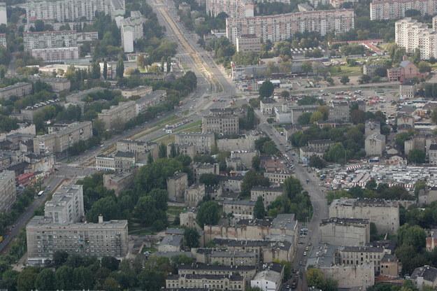 Kamienice u zbiegu ulic Zachodniej i Zgierskiej na Bałutach /PAP/Grzegorz Michałowski /PAP