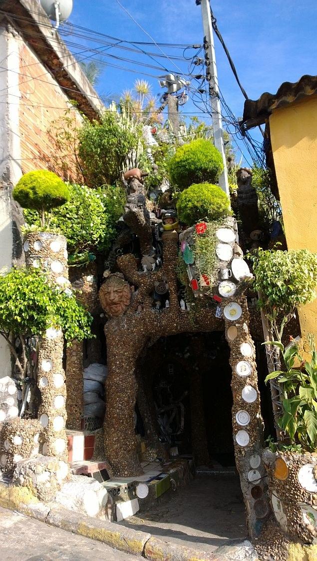Kamienny dom w Sao Paulo stał się jedną z największych atrakcji miasta /Adam Białas /materiały prasowe