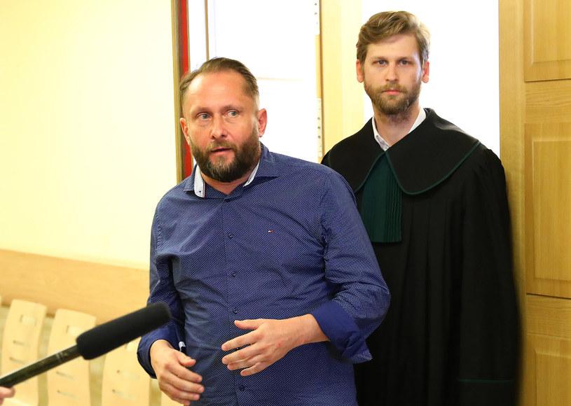 Kamil Durczok ze swoim adwokatem /DARIUSZ SMIGIELSKI/DZIENNIK LODZKI /East News