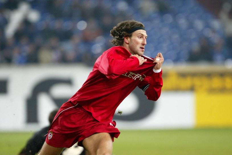 Kamil Kosowski po strzeleniu gola Schalke na 1-4 /Tomasz Markowski /Newspix